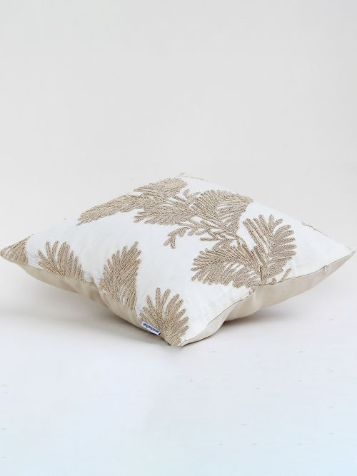 ELEGANTLY EMBROIDERED CUSHION COVER
