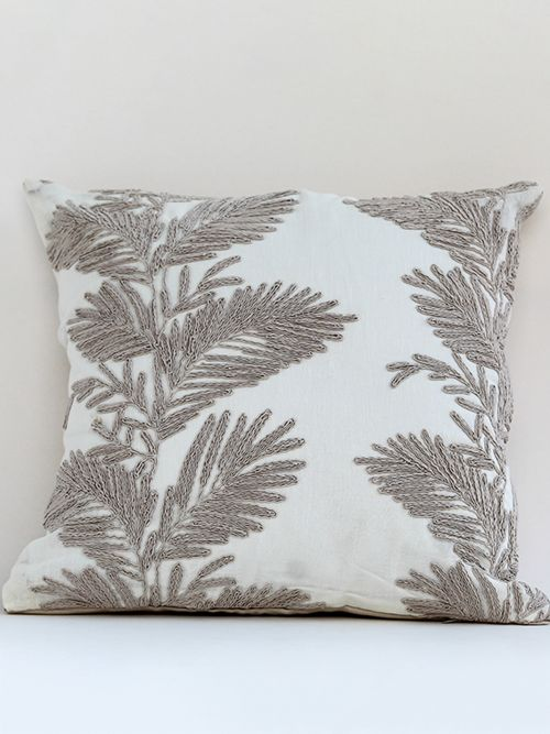 GOLDEN EMBROIDERED COTTON CUSHION COVER